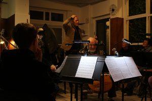 Componist Willem Wander van Nieuwkerk geeft introductie op het Kerstkwartet (november 2018)